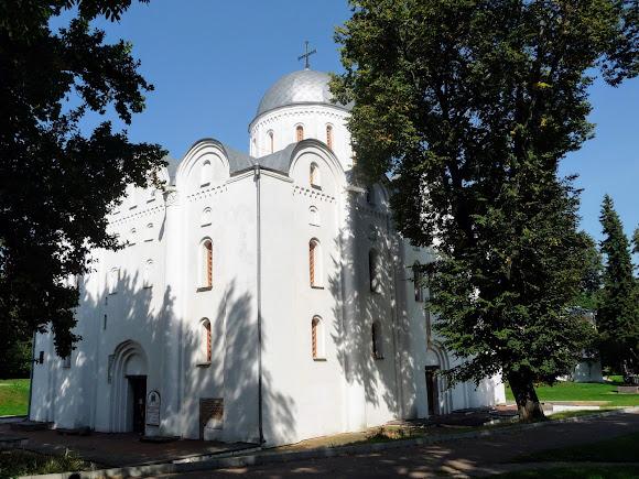 Чернигов. Детинец. Борисоглебский собор. 1123 г. Музей архитектуры