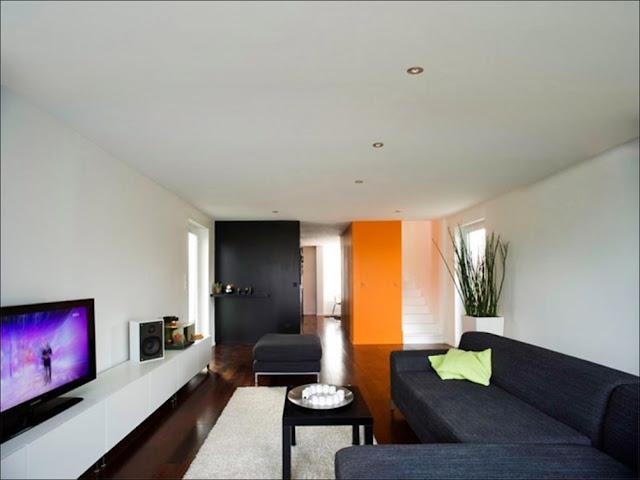 interior Casa sustentável feita com containers