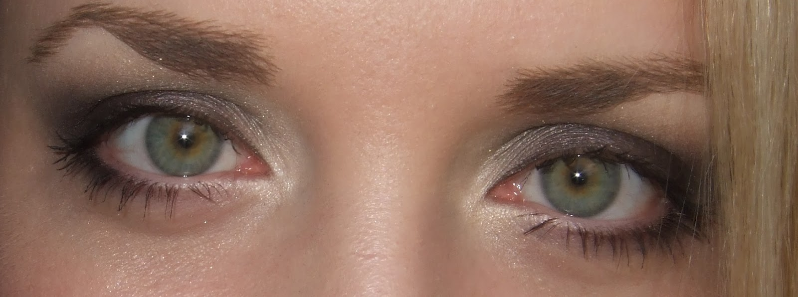 Daily Make Up Mac Unflappable Für Grüne Augen