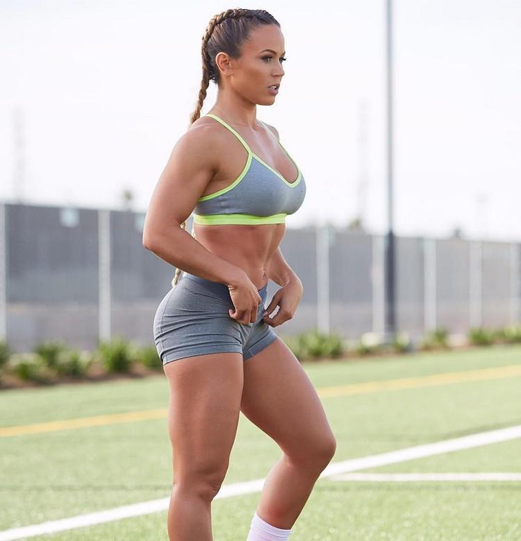 Brazilian Fitness Model TAMRA DAE @tamradae