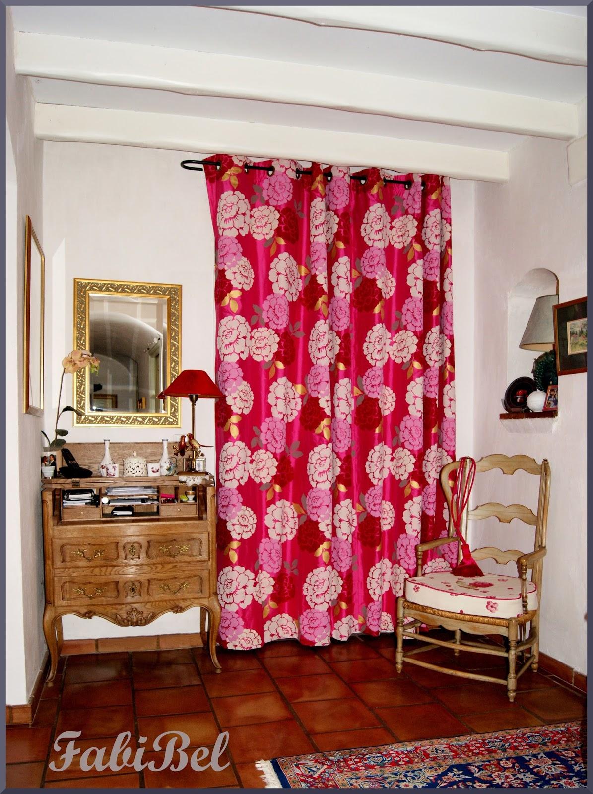 pipounet et poupinette comment poser des illets sur un rideau. Black Bedroom Furniture Sets. Home Design Ideas