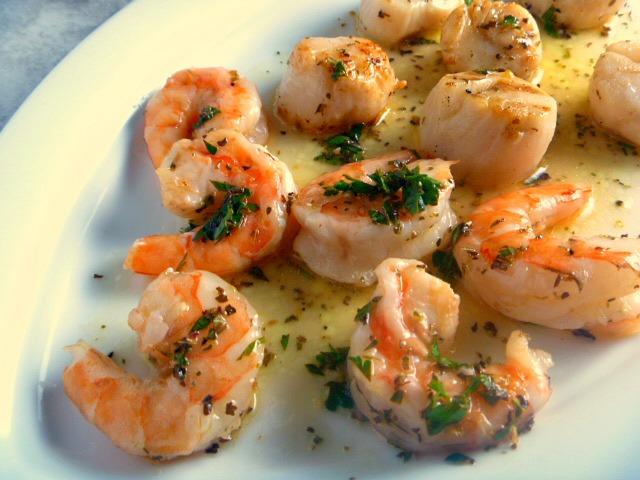 9 Summer Grilling Favorites 2018 - Lemon Herb Grilled Shrimp and Scallops - Slice of Southern