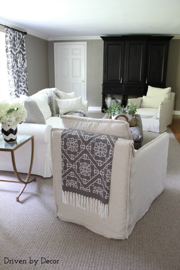 White slipcover furniture