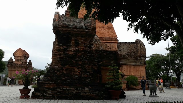 Tháp Chàm Po Nagar đẹp nhất Việt Nam