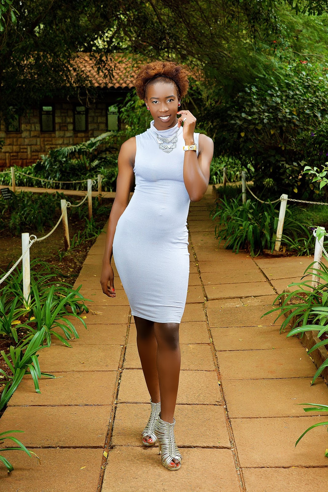 double slit top to bodycon dress, high neck bodycon dress, date outfit ideas, what to wear Kenya, top Kenyan fashion blog, style with Ezil, Ezil, natural hair date look, type 4b hairstyle, wardrobe staples, gray dress
