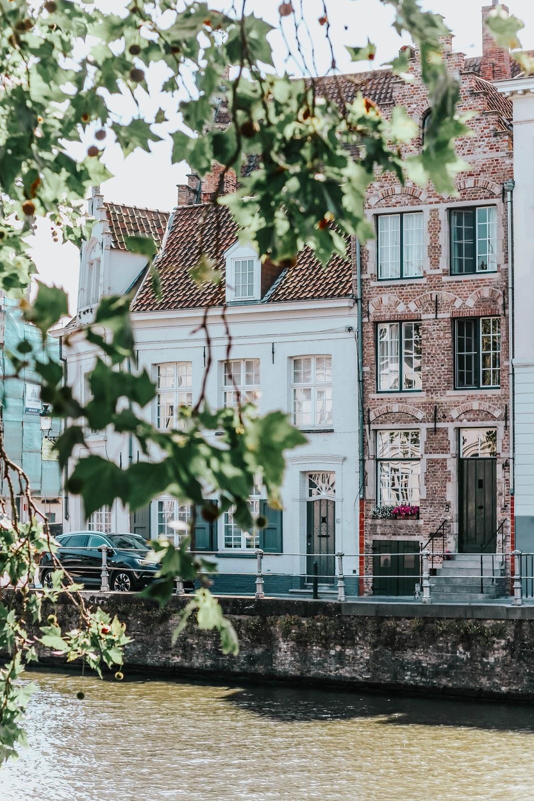 Brugge Belgium Canal Waterside Properties