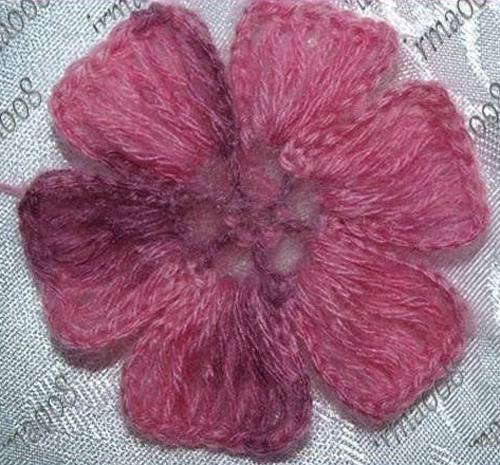 Beautiful Crochet Flower - Free Pattern
