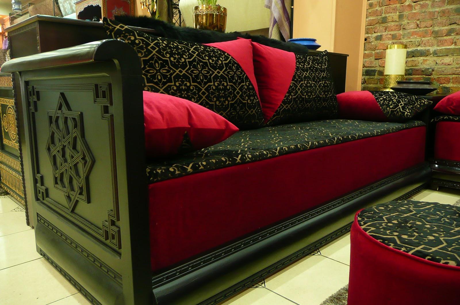 salon marocain pascher: Agréable décorationmarocaine en bois  on bar en bois, spas en bois, construction en bois, tours en bois,