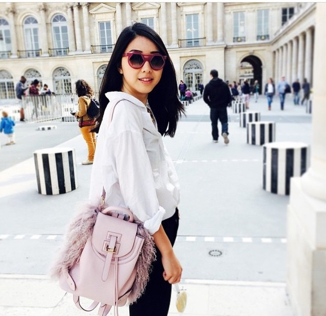 @melimelobags and @yuyufashionbook with pink backpack in Paris