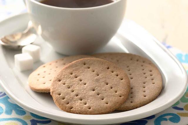 أفضل الوصفات لعمل بسكويت الشاي