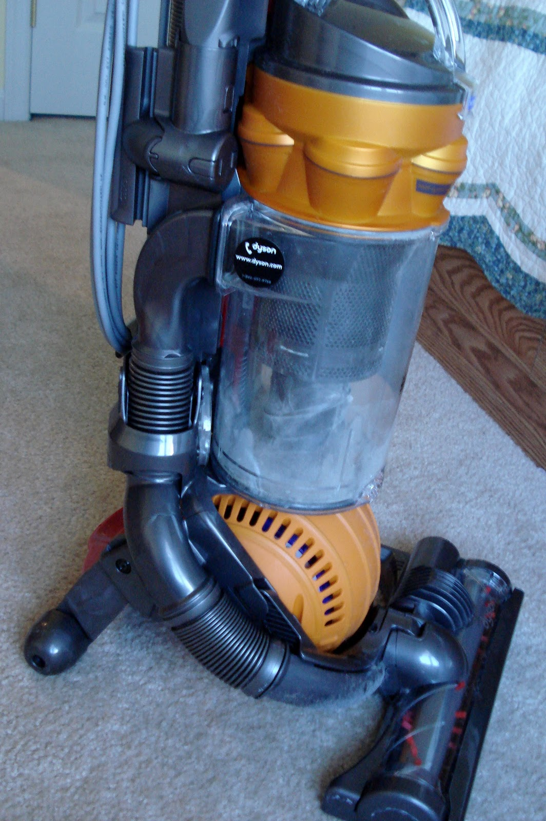 Thrifty Living: Amazon deal: Dyson DC25 Vacuum