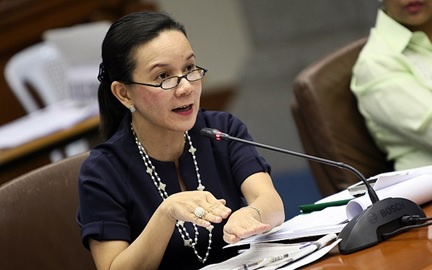 Senator Grace Poe in action.