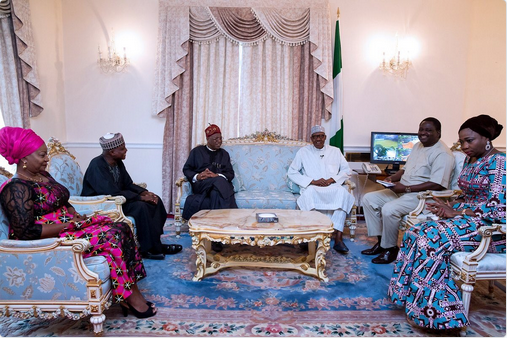 Presidential-media-team-visit-Buhari-in-London-3