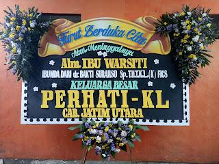 bunga papan duka cita ukuran standart surabaya