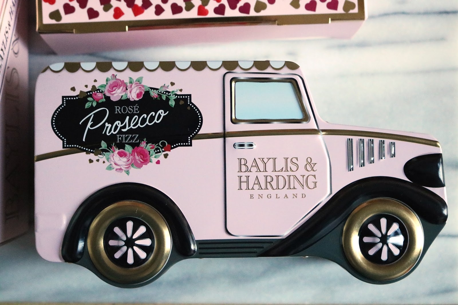 baylis & harding pink prosecco fizz van