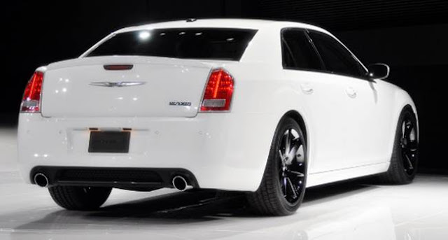 2019 Chrysler 300 SRT8 Price
