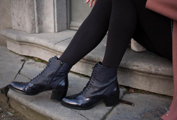 Zinda lace up boots