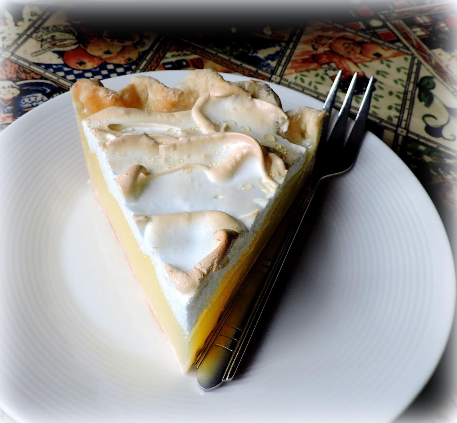how long to cook meringue for lemon meringue pie