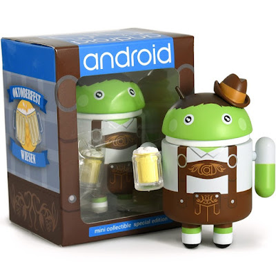Oktoberfest Android Vinyl Figure by Andrew Bell