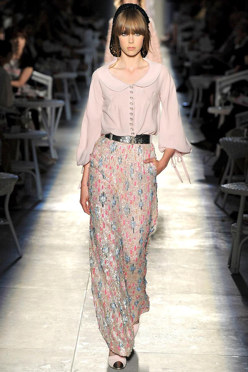 2012 Fall 2013 Winter Nail Polish Trends: Anobano's Blog: Chanel Haute Couture Fall 2012