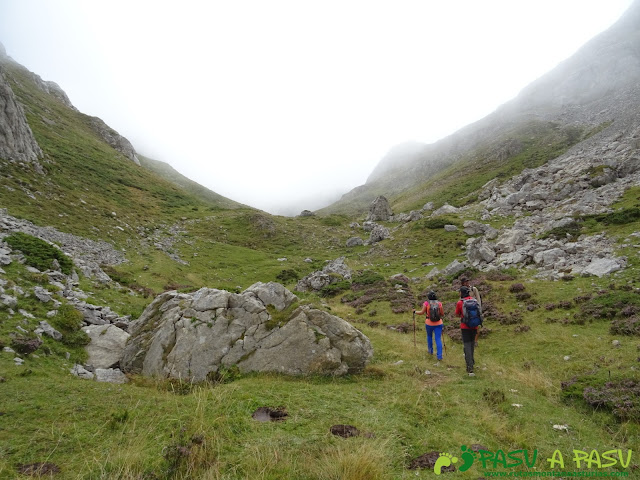 Ruta a Peña Chana: Camino al Collado Muñón