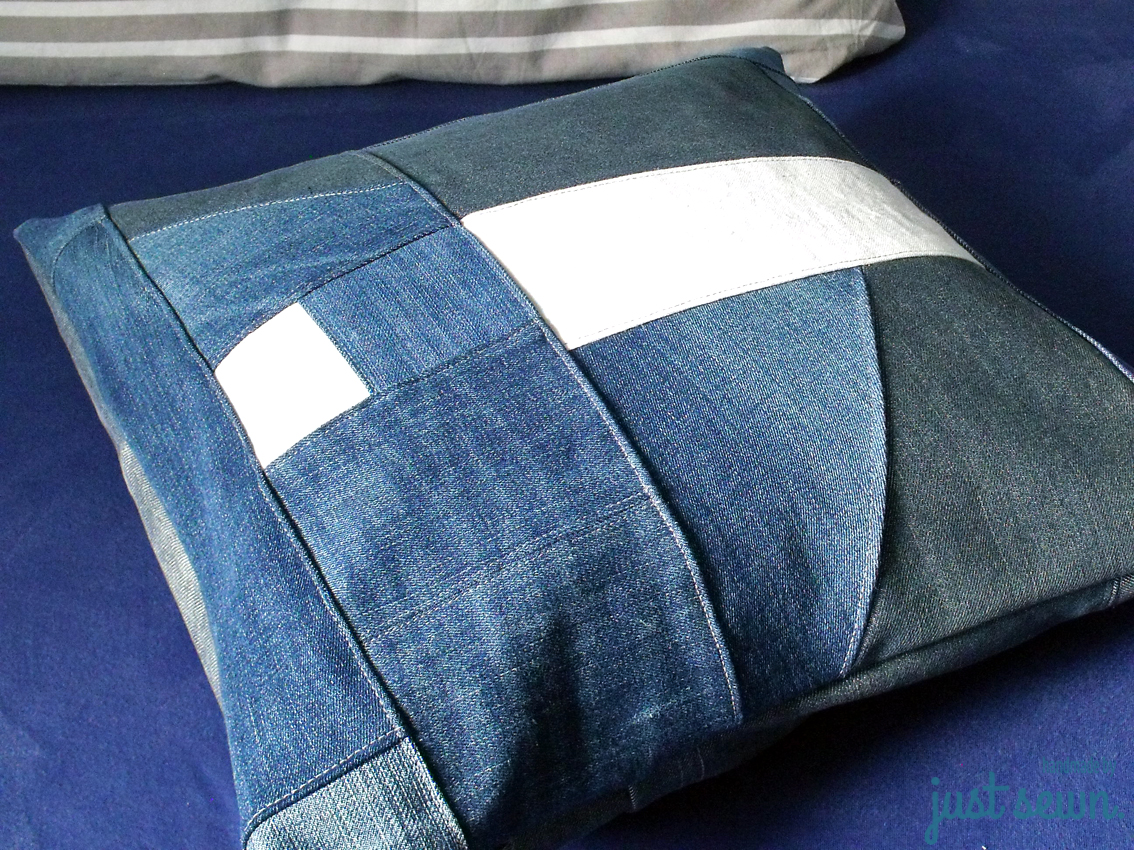 jeans upcycling ein neues kleid f r ein altes kissen just sewn. Black Bedroom Furniture Sets. Home Design Ideas