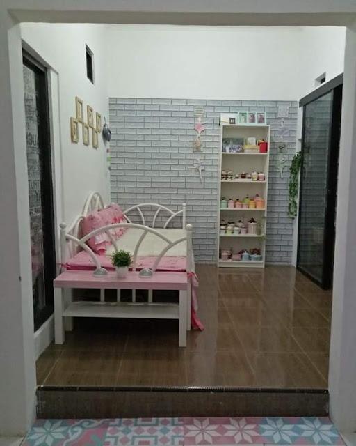 Inspirasi Rumah Minimalis Tipe 50 Kamar Tidur Berjendela Besar Santai