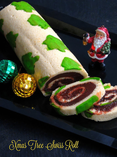 Christmas tree swiss roll cake