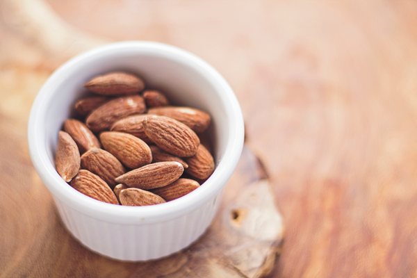 29 Benefits of Almonds for Health and Beauty