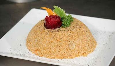 الأرز بالمأكولات البحريّة