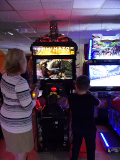 centre parcs longleat arcade games sports bar