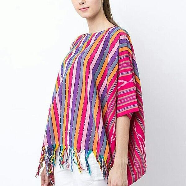 Model Gamis Tenun Troso Kombinasi Hijab Batik