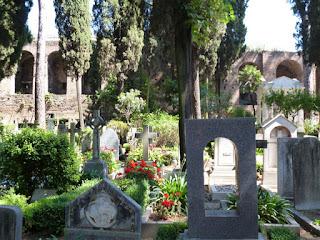 Cemitério Protestante e Muros Aurelianos