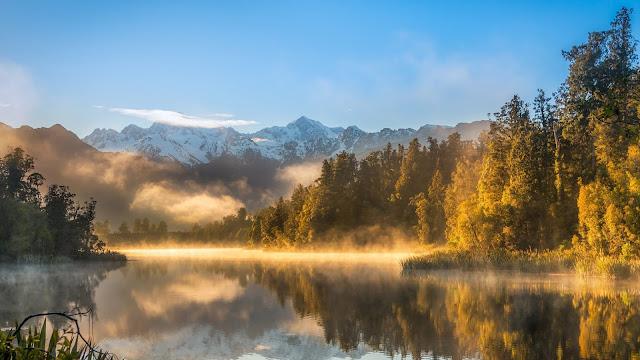 Paisagem Natural Lago Floresta Montanhas para PC, Notebook, iPhone, Android e Tablet.