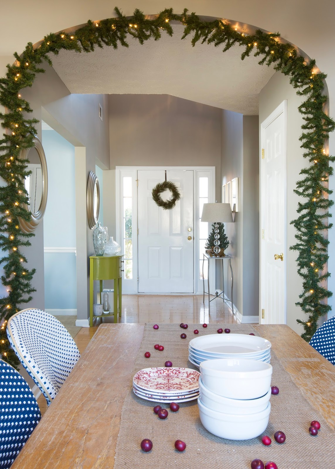 Christmas At Designers Homes Across America Stylish Spaces - Designers homes