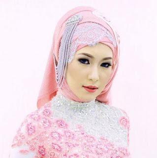 Foto Hijab Kebaya Cantik Pink