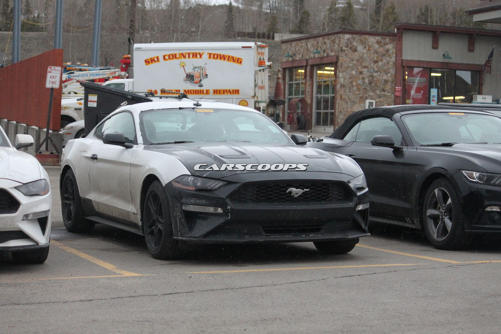 u spy ford testing a trio of 2018 mustang 4 cyl ecoboosts in colorado carscoops. Black Bedroom Furniture Sets. Home Design Ideas