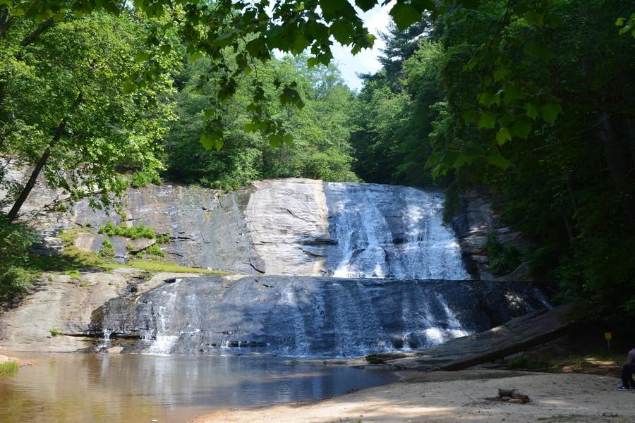 Vue sur les chute de Moravian Falls