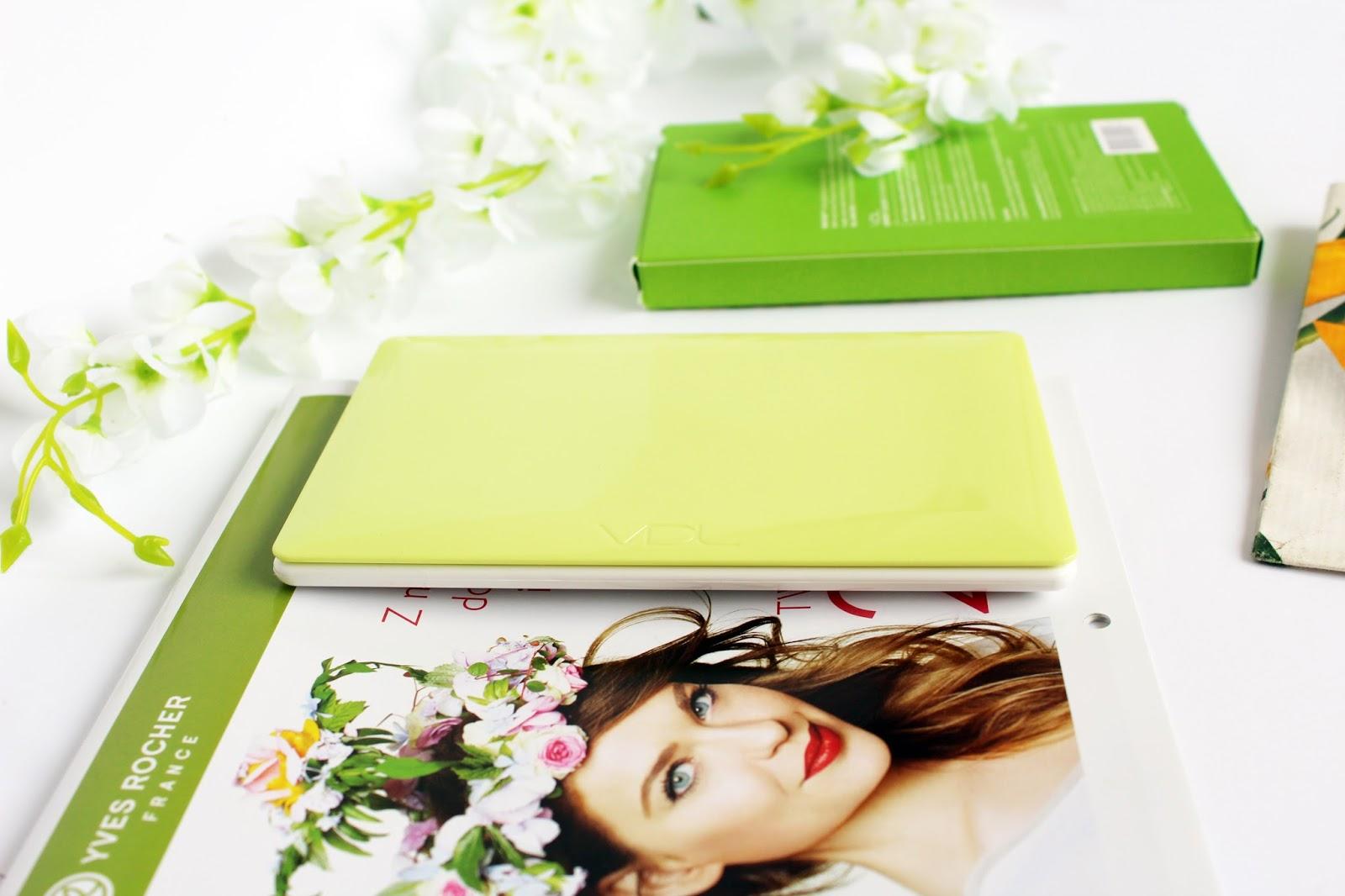 VDL, Expert Color Eye Book 6.4 - No.6 Greenery Pantone 2017