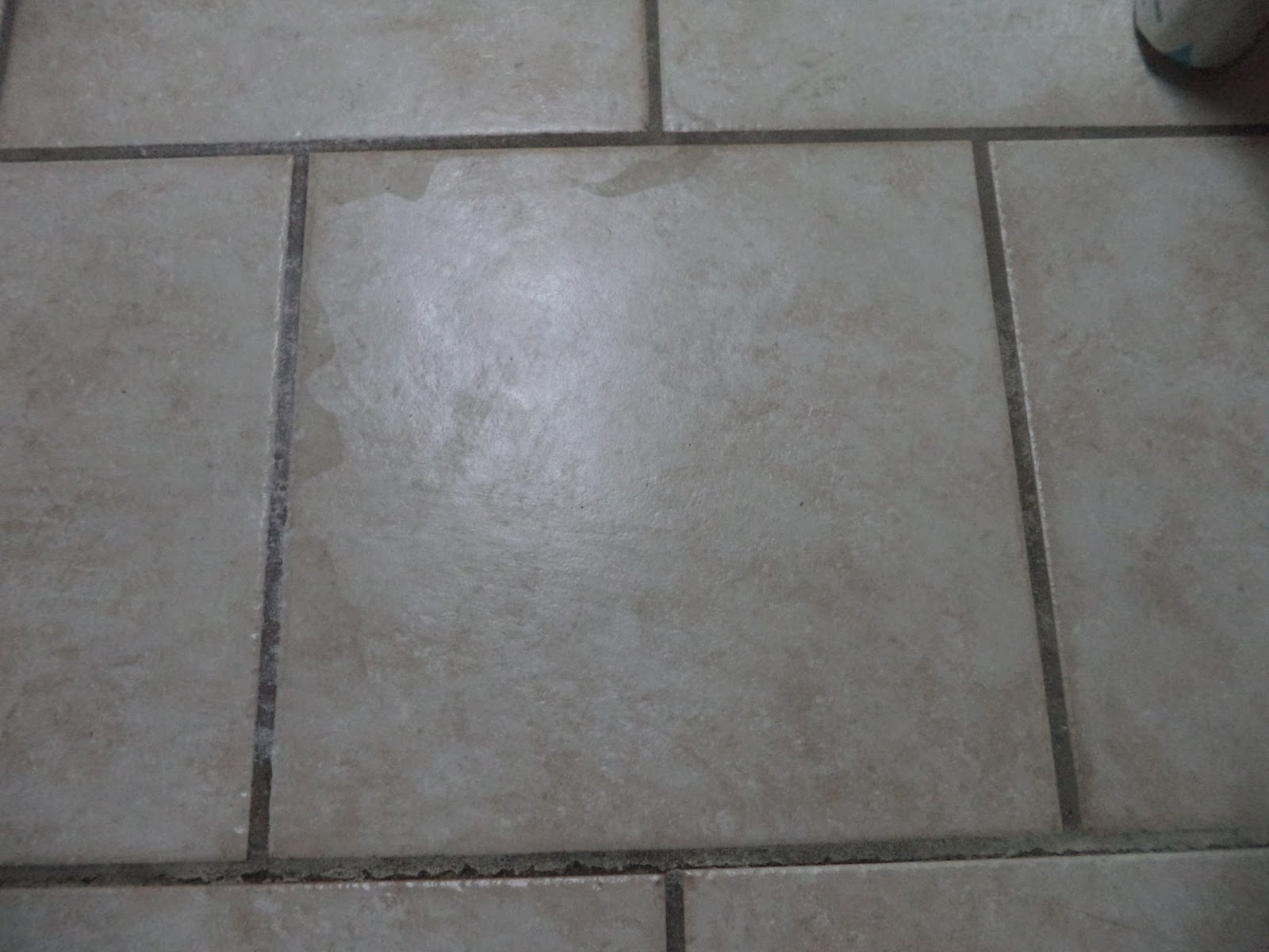 The UNperfect Family: How To Clean Kitchen Tile Grout