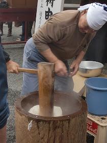 荏柄天神社餅つき