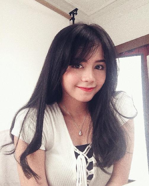 Fakta Priscillia Sari Dewi Member JKT48 Harus Anda Ketahui [Artis Indonesia Hot]