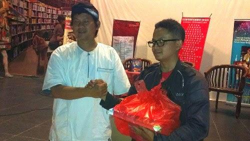 Kunjungan Warga Kabupaten Bandung ke Rumah Dunia