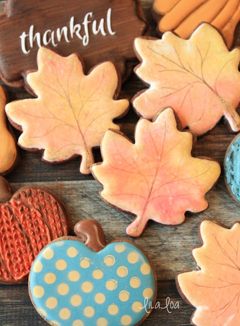 Cookie decorating tutorial -- water color leaf