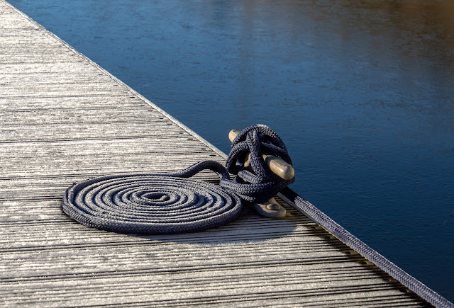 Photo of frost on the pontoon and one of Ravensdale's mooring ropes