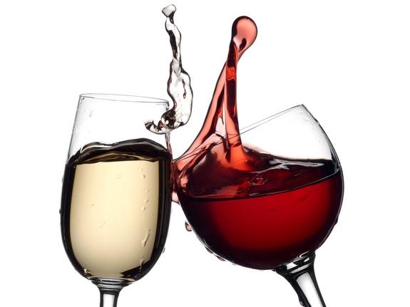 Ανδριανός στη Βουλή: Να καταργηθεί ο Ειδικός Φόρος Κατανάλωσης στο κρασί που έχει οδηγήσει σε δραματική αύξηση του παραεμπορίου