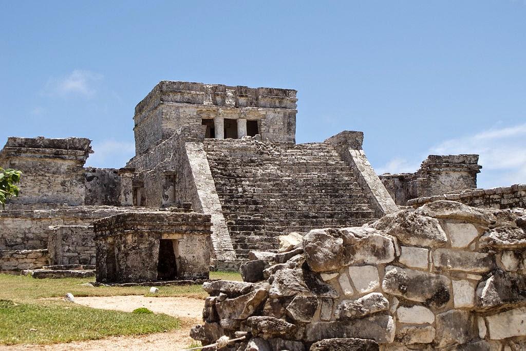 El Castillo, fuente wikipedia