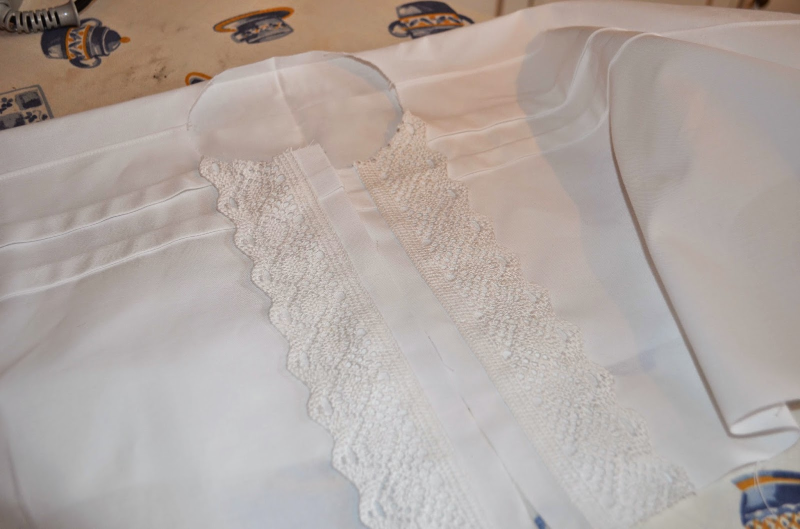 vask av bunadskjorte lin