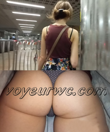 Upskirts 3505-3524 (Upskirts Voyeur Escalator - Sexy upskirt video with a random woman's booty)
