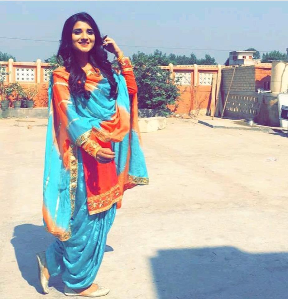 Punjabi Girls Wallpapers-4811